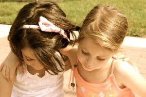 שתי בנות